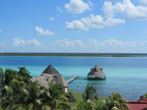 http://futureexpat.com/wp-content/uploads/2011/12/Nov.-13-Bacalar-14-w500-h500.jpg