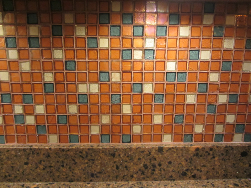 Kitchen backsplash - 7745 Cornell