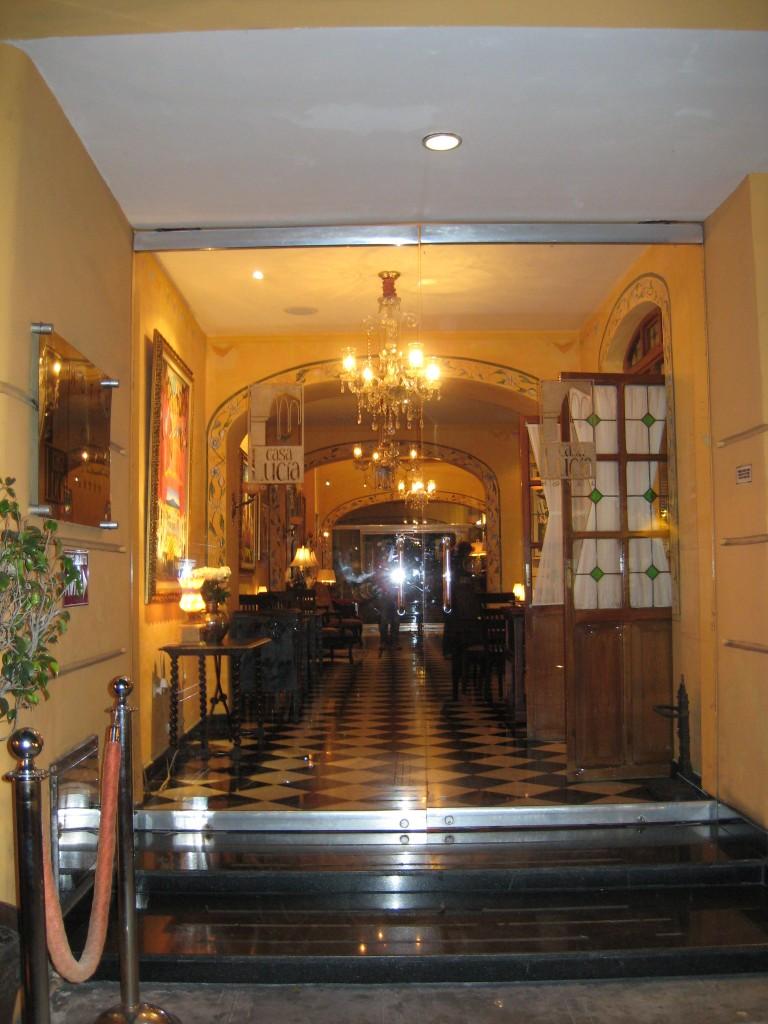 Hotel Casa Lucia - front lobby