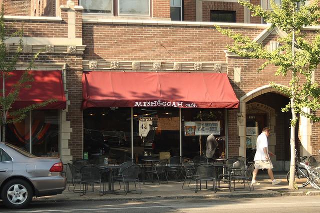 10 St. Louis Unique Restaurant Dishes - Arch City Homes #stlouis