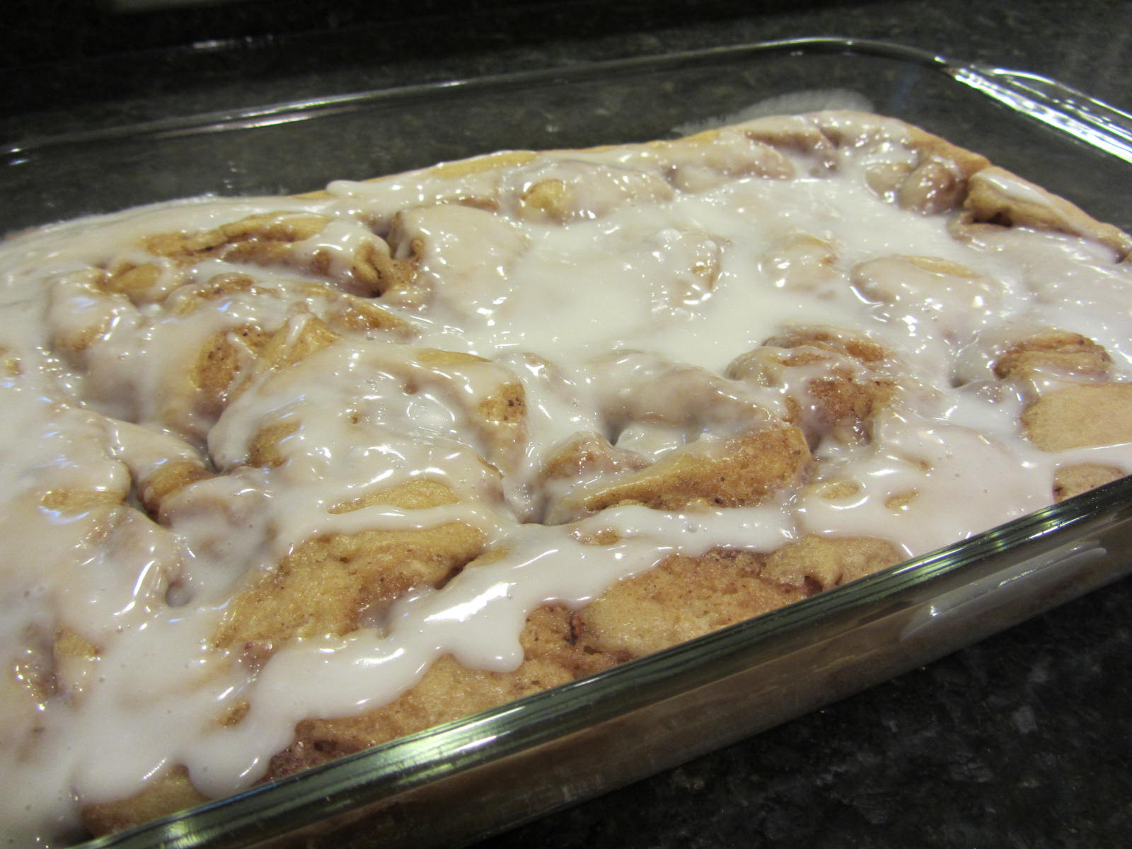 Easy Dessert Recipe ~ Pan Style Cinnamon Roll Cake
