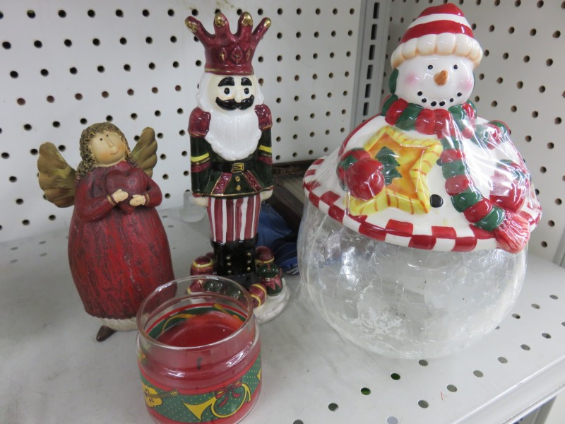 Shopping Thrift Stores for Holiday Decor | Future Expat