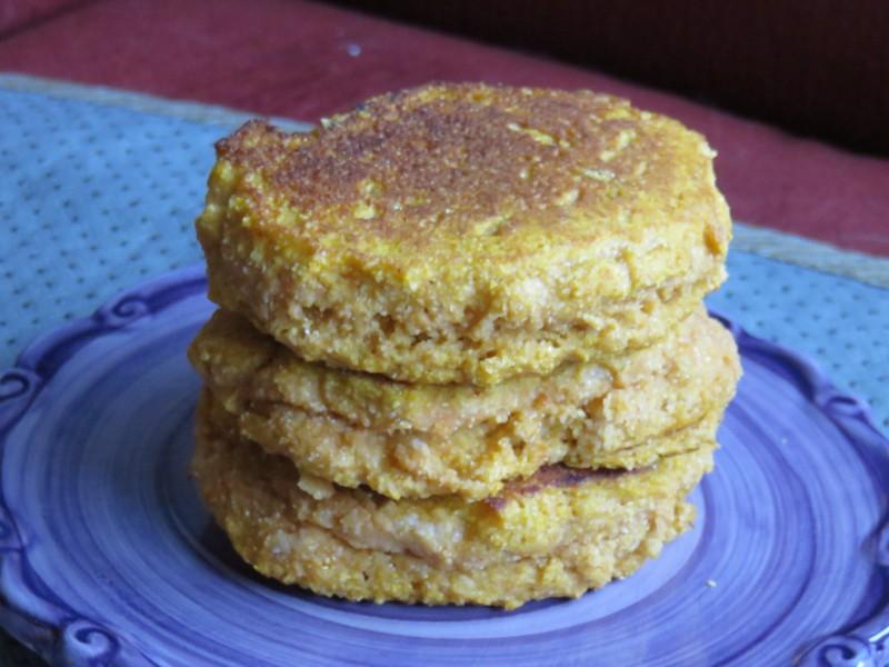 Special Breakfasts Made Easy: Pumpkin Cornmeal Pancake Recipe | Future Expat