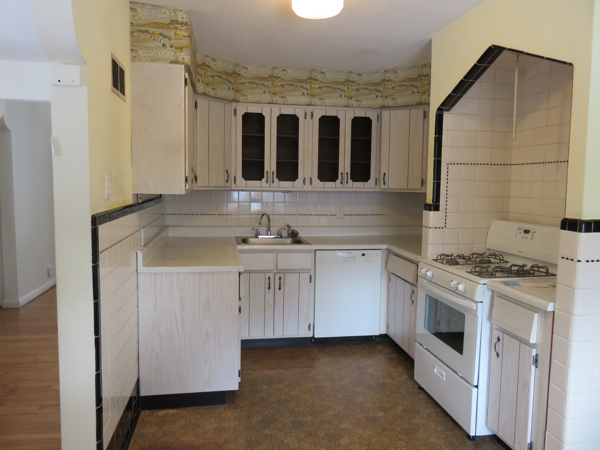 Kitchen Remodel: Before and After (Part 1)