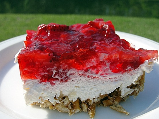 Strawberry Jello Pretzel Dessert | Future Expat