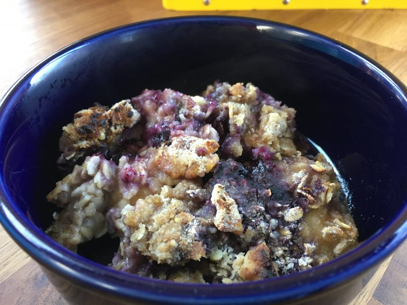 Banana Blueberry Oatmeal Bake | Future Expat